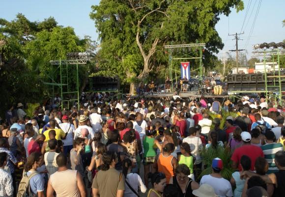 Vecinos y visitantes se concentraron en un descampado de Romerillo