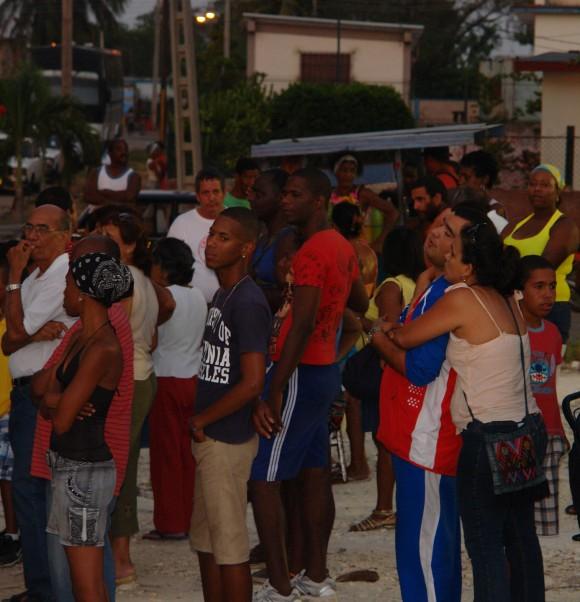 Te doy una canción como doy el amor.Foto: Rafael González/Cubadebate.
