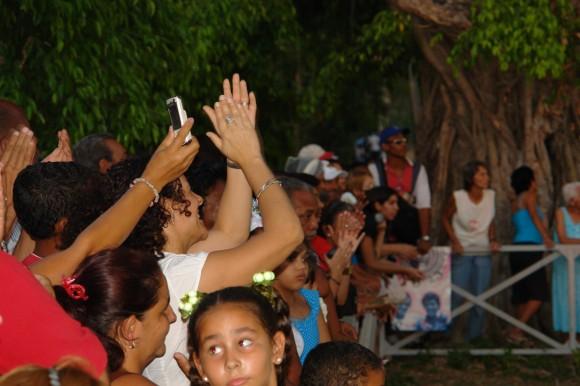 Gracias por las canciones, trovador. Foto: Rafael González/Cubadebate.