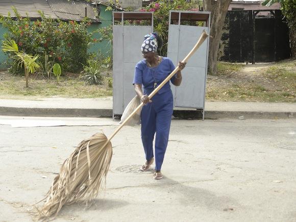 Las tradicionales yaguas hicieron lo suyo. Foto: Rafael González/Cubadebate.