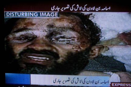 La foto del Bin Laden muerto.. Una captura de Express TV (Pakistan) muestra el supuesta imagen del líder de Al Qaeda fallecido. (Foto: AP)