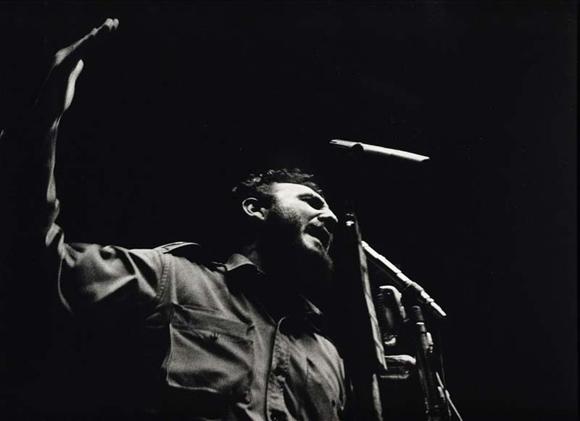 Fidel en el Congreso de la Federación de Industrias en la Ciudad Deportiva, año 1960. Foto: Korda