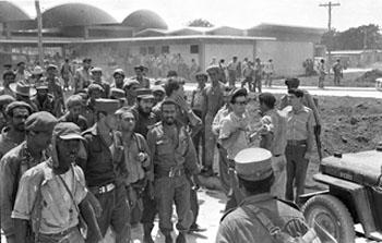 El comandante Juan Almeida en los días de Playa Girón