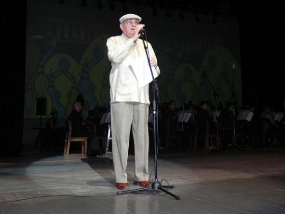 Palabras ianugurales de Cubadisco por parte de su presidente, Ciro Benemelis, en el teatro Heredia.Foto Marianela Dufflar