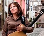 Liuba María Hevia, cantautora cubana