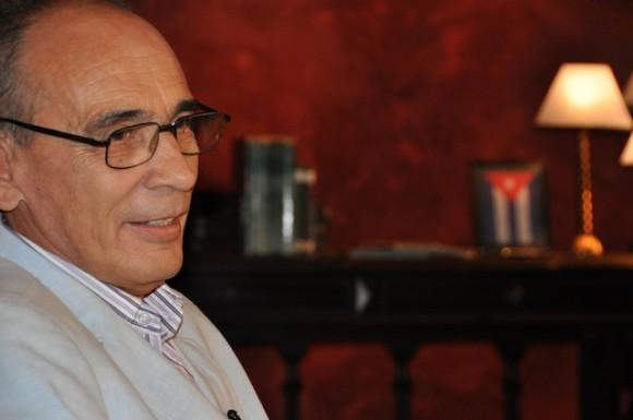 """Manolo Micler en """"Con 2 que se quieran"""". Foto: Petí / Archivo de Cubadebate"""