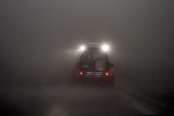 Nubes de humo oscurecen a Islandia. / REUTERS/Ingolfur Juliusson