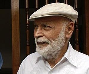 Roberto Sosa, poeta hondureño.