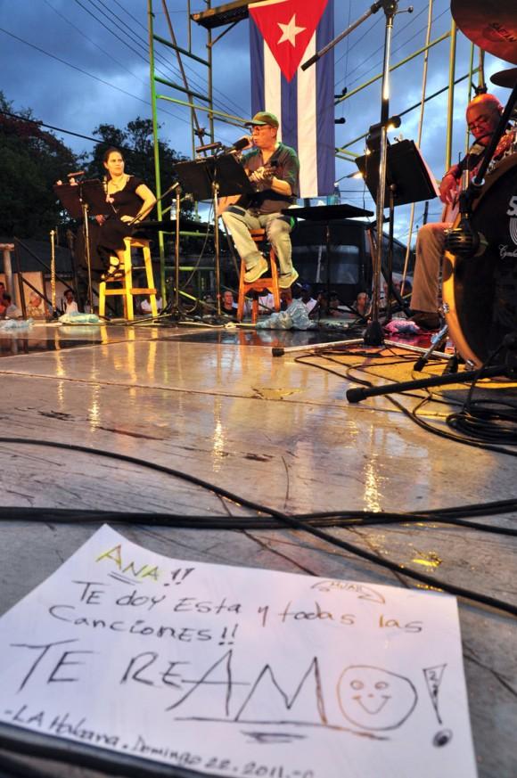 Concierto de Silvio Rodríguez en El Fanguito. Foto Kaloian