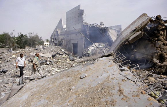 Así quedó la residencia del Presidente de Libia. Foto: AFP