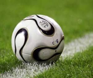 Huelga del fútbol español aplaza arranque de temporada
