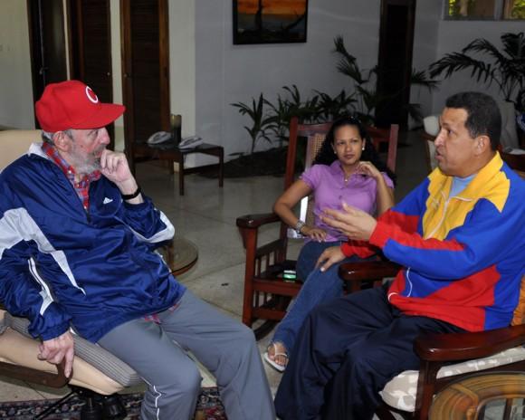 Fraternal encuentro entre Chávez y Fidel. 28 DE JUNIO DE 2011 Foto: Estudio Revolución/archivo de Cubadebate