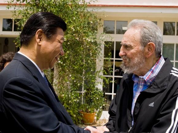 Fidel y Xin Jinping