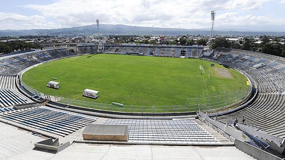 ESTADIO 23 DE AGOSTO. San Salvador de Jujuy (240.000 habitantes), capital de la provincia de Jujuy, a 1.654 al norte de Buenos Aires.