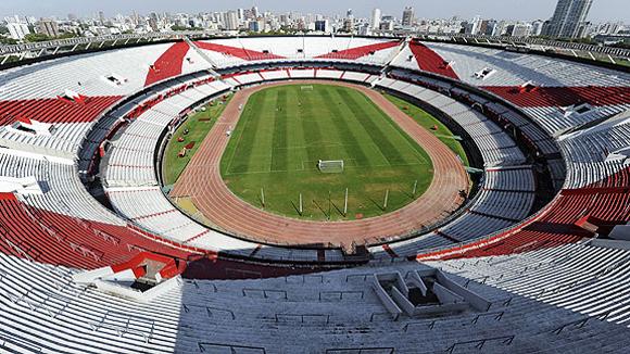 Estadio Antonio Liberti, 'MONUMENTAL'. Buenos Aires (3.100.000 habitantes), capital federal de Argentina fundada en 1536.