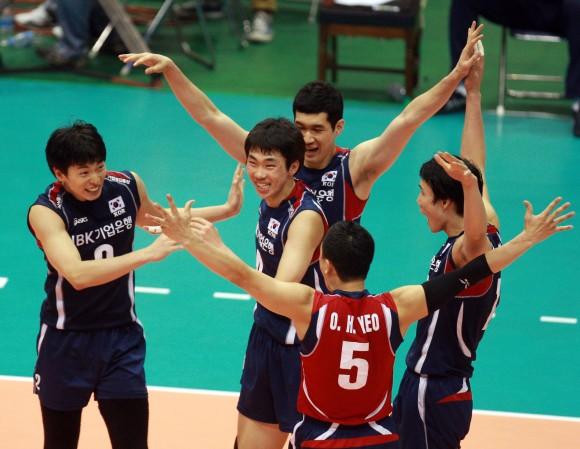 Cuba frente a Corea en el Voleibol