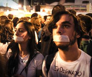 Indignados españoles siguen en protesta