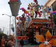 El ritmo y la alegría contagian en el San Juan. Foto: Rodolfo Blanco Cue/AIN