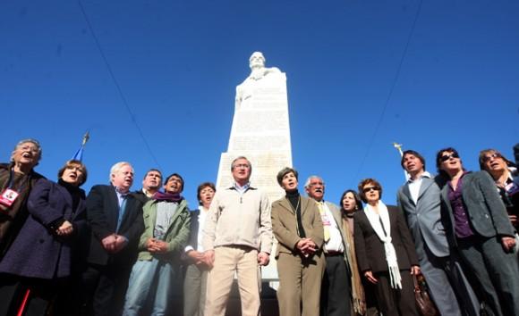 Monumento a Salvador Allende | Foto tomada de : La Cuarta