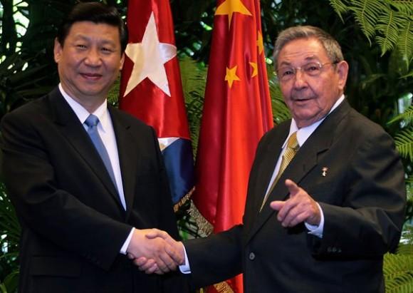 Raúl Castro y Xi Jinping.  Foto: Ismael Francisco