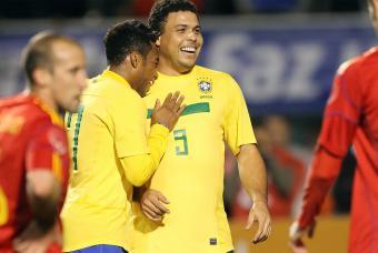 ronaldo-se-despide-de-la-seleccion-nacional-de-brasil-7-de-junio-de-2011