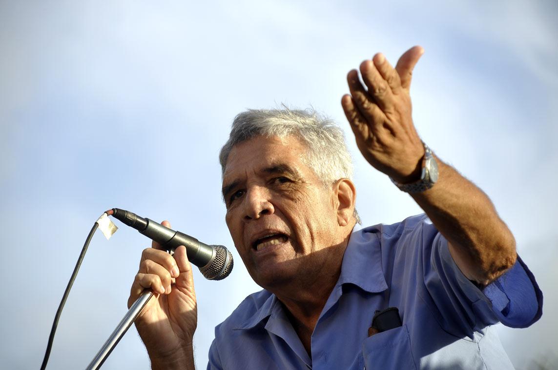 El profesor y escritor Guillermo Rodríguez Rivera en La Timba. Foto Kaloian