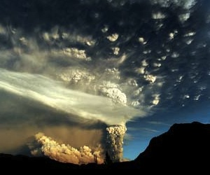 CHILE-VOLCANO-PUYEHUE