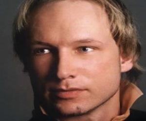 El ultraderechista noruego Anders Behring Breivik ejecutaba con frialdad a sus víctimas
