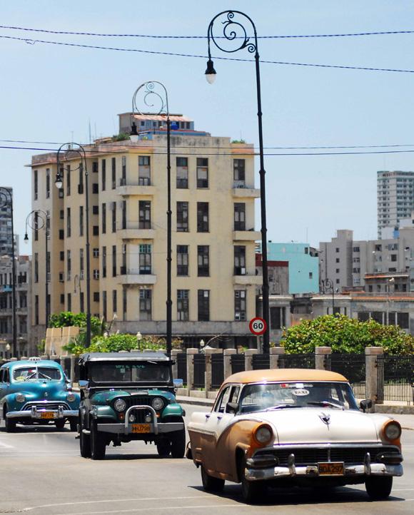 Hace calor en La Habana. Foto: Yaciel Peña de la Peña
