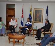 Rosario Murillo, Fidel, Chávez y el ministro venezolano Rafael Ramírez en La Habana. Foto: Estudios Revolución