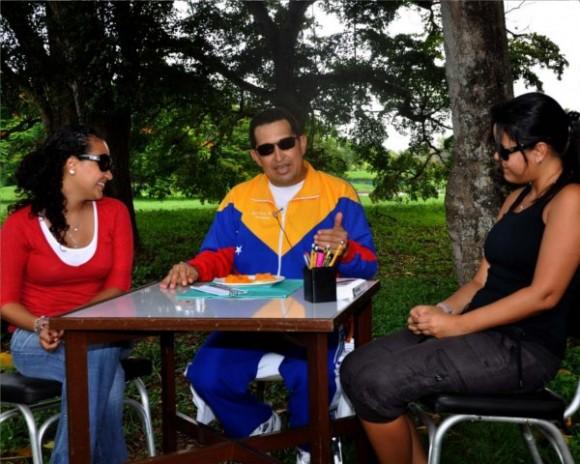 Hugo Chávez en franca recuperación. Foto: Estudios Revolución