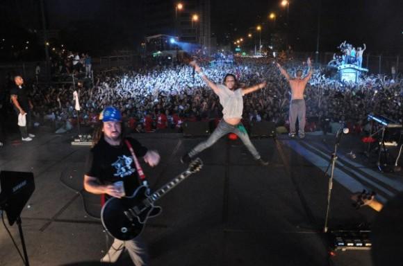 Calle 13 en su concierto en Caracas