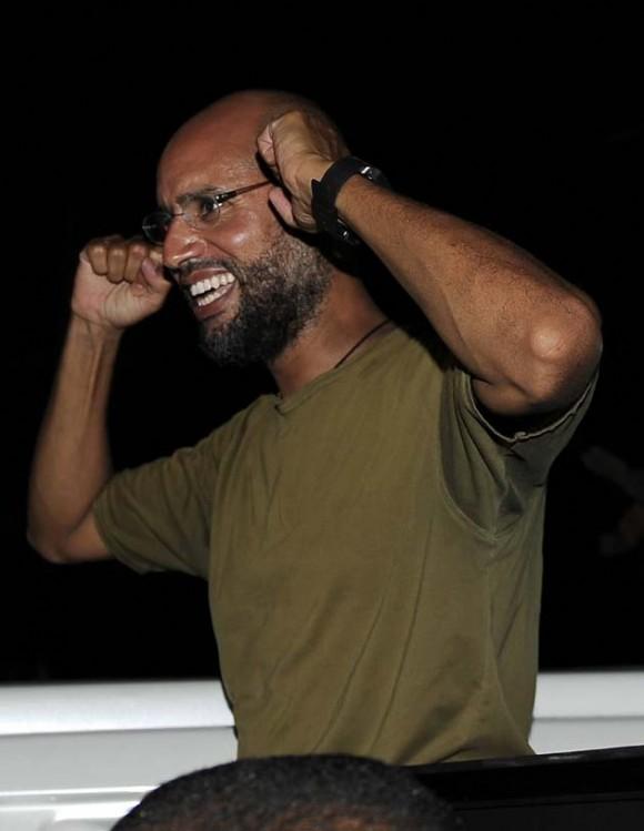 Saif al-Islam esta noche en Trípoli. Foto: Reuters