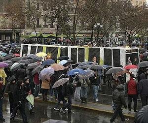 Gobierno chileno reitera rechazo paro nacional, al que se suman más sectores