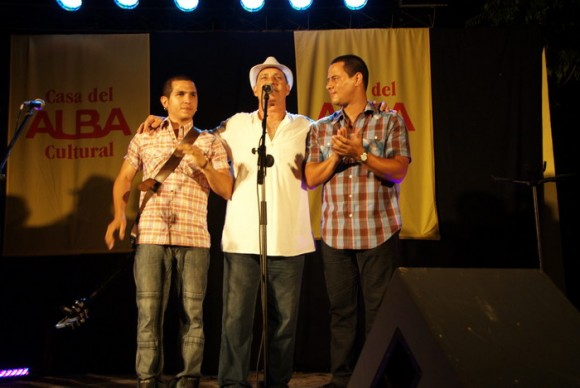 Vicente Feliú y Buena Fe. Foto: Iván Soca