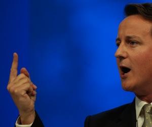 Primer ministro británico insiste en que no entregará la soberanía de Malvinas