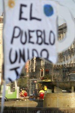 espana-crisis-protestas-desalojo-indignados-010x381-l