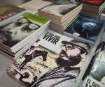 Fueron puestas  a la venta varias obras dedicadas al Comandante en Jefe. Foto. Marianela Dufflar
