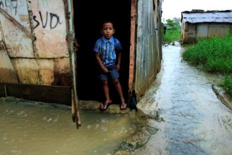 La tormenta tropical Emily pasó por Haití, y se convierte en sistema de baja presión. Foto: AFP
