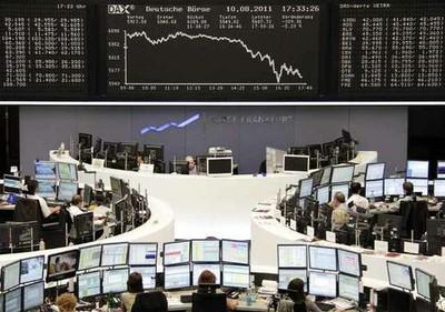 Caen las bolsas europeas y arrastran a Wall Street