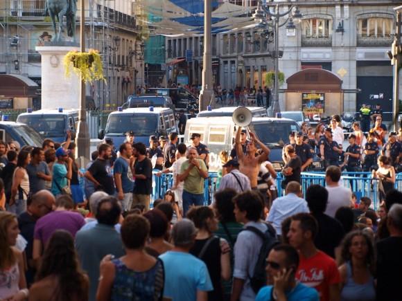 Indignados en Madrid. Foto: Guillermo Nova