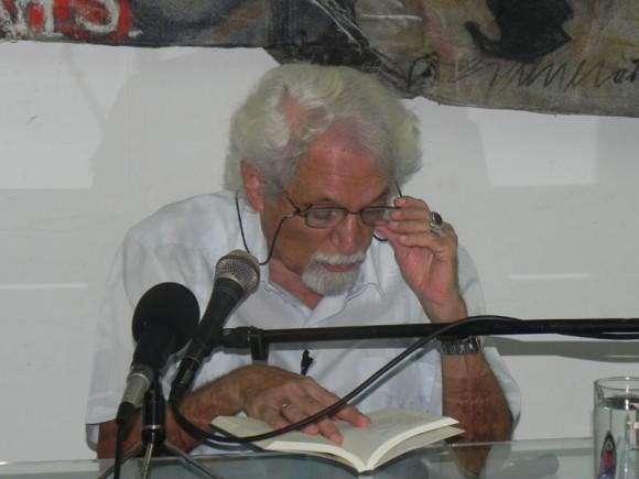 Pablo Armando dio  lectura a  varios de sus poemas. Foto: Marianela Dufflar