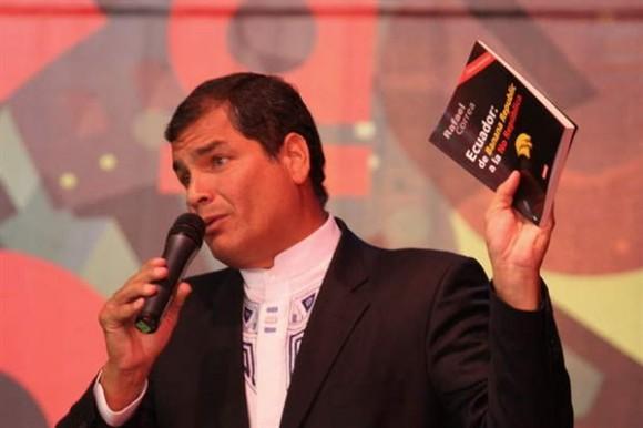 """Rafael Correa: """"Ecuador: de Banana Republic a la no República"""""""