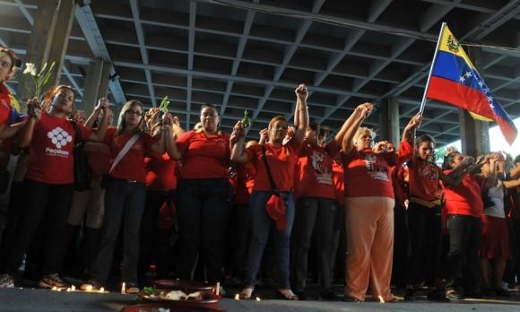 Bilongo para Chávez. Foto: Ernesto Mastrascusa
