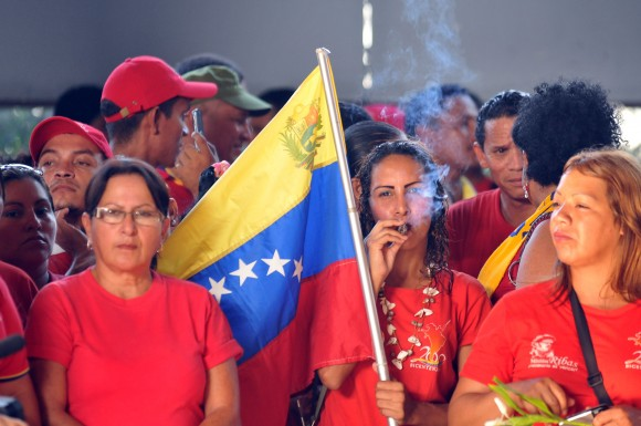 Bilongo para Chávez. Foto: Ernesto Matrascusa