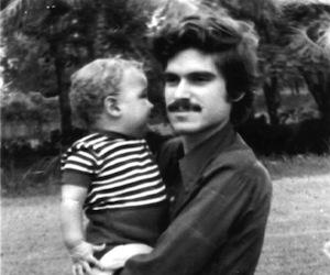 Carlos Muñiz Varela y su hijo Carlitos, en Puerto Rico.