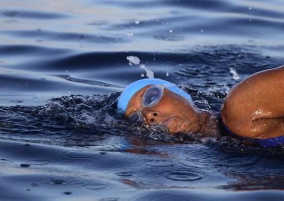 Nadadora Nyad intentará hoy cruzar estrecho de Florida