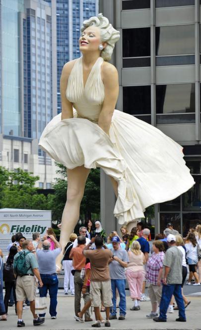 estatua_marilyn_monroe_chicago-2