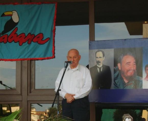 Giustino di Celmo exige justicia y libertad para los Cinco en el Hotel donde mataron a su hijo.l