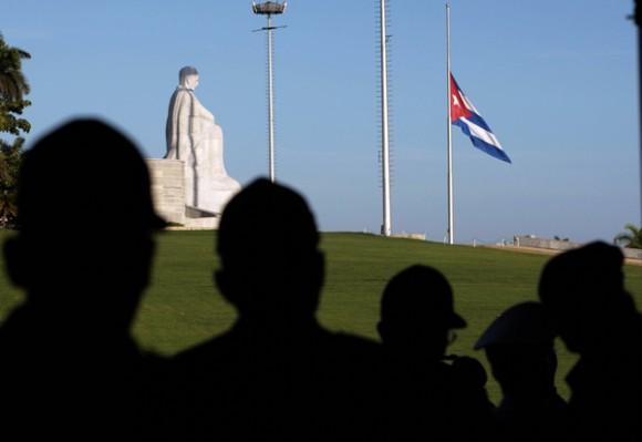 Homenaje popular a Julio Casas Regueiro. Foto: Ismael Francisco
